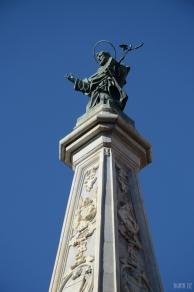 Obelisco Di San Domenico Maggiore