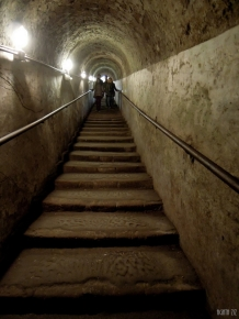 naples-underground-40thousandkm-67288-001