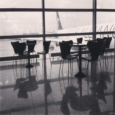 Café at the Frankfurt Airport