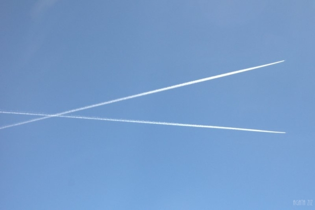 Plane traces in the sky