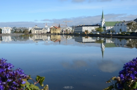 Reykjavík: Tjörnin lake, Fríkirkjan church and The National Gallery of Iceland