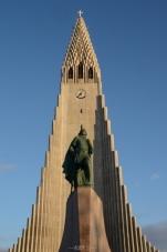 Reykjavík: Hallgrímskirkja and Leif Erikson statue
