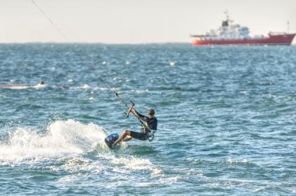 Kitesurfing in Dubai, UAE