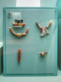 Carnelian, stone and shell beads - Jebel Al Buhais, 1100-300 BC