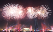 uae-dubai-fireworks-40thousandkm-08849-2
