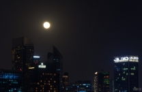 Full Beaver Moon in Dubai, UAE
