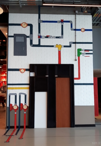 uae-dubai-mall-art-40thousandkm-10927-2